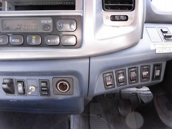 日野 レンジャー 中型 ウイング ベッド BDG-FD8JLWA|年式 H19 トラック 画像 トラックサミット掲載