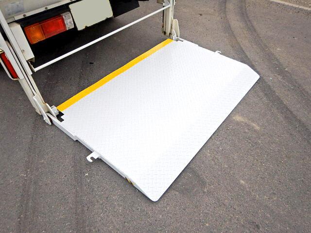トヨタ ダイナ 小型 平ボディ パワーゲート TKG-XZC605|車検  トラック 画像 キントラ掲載