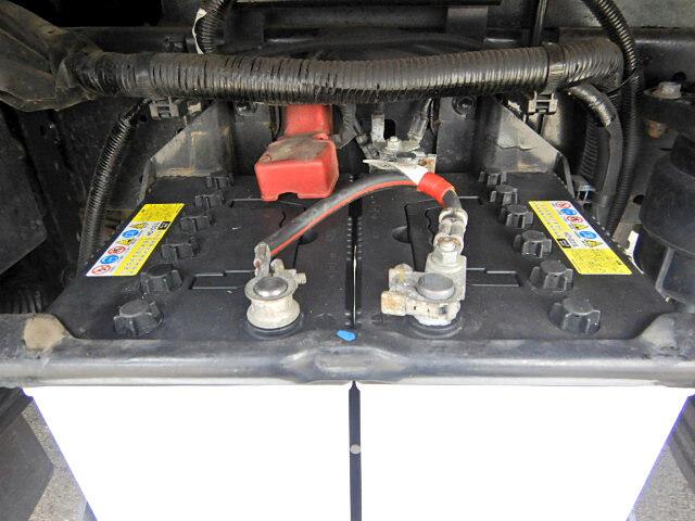 トヨタ ダイナ 小型 平ボディ パワーゲート TKG-XZC605|型式 TKG-XZC605 トラック 画像 栗山自動車掲載