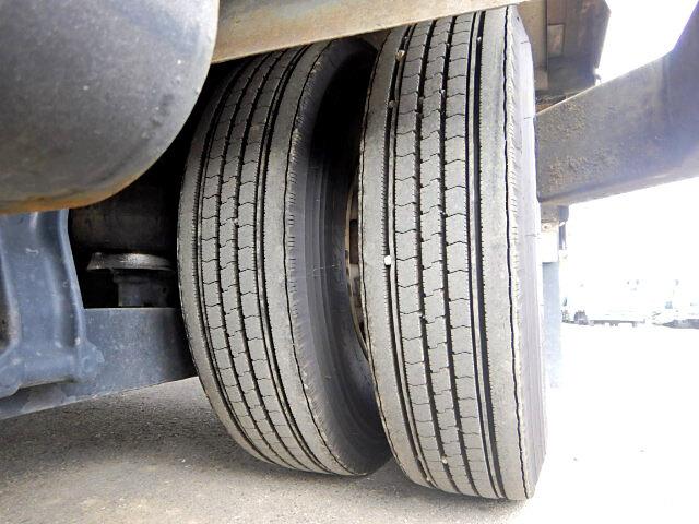 日野 レンジャー 中型 クレーン付 4段 フックイン|コーションプレート トラック 画像 リトラス掲載