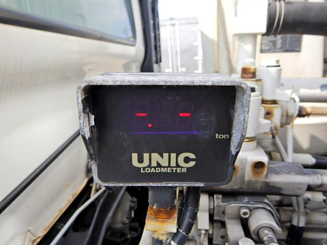 日野 レンジャー 中型 クレーン付 4段 フックイン|運転席 トラック 画像 トラック王国掲載