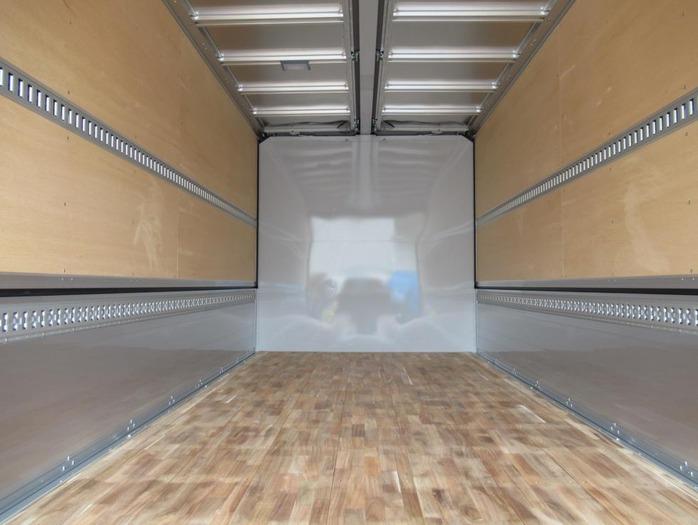 三菱 ファイター 中型 ウイング エアサス ベッド|トラック 背面・荷台画像 トラック市掲載