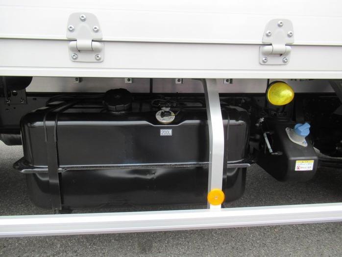 三菱 ファイター 中型 ウイング エアサス ベッド|リサイクル券 10,910円 トラック 画像 トラック市掲載