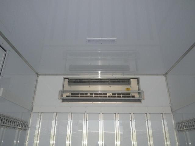 日野 レンジャー 中型 冷凍冷蔵 低温 パワーゲート|積載 2.6t トラック 画像 ステアリンク掲載