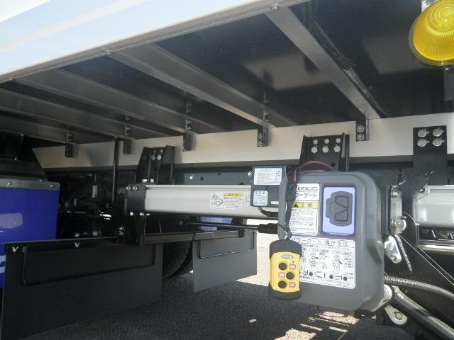 日野 レンジャー 中型 冷凍冷蔵 低温 パワーゲート|タイヤ トラック 画像 トラック市掲載