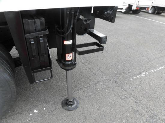 いすゞ エルフ 小型 高所・建柱車 高所作業車 KR-NKR81EP|リサイクル券 8,340円 トラック 画像 トラック市掲載