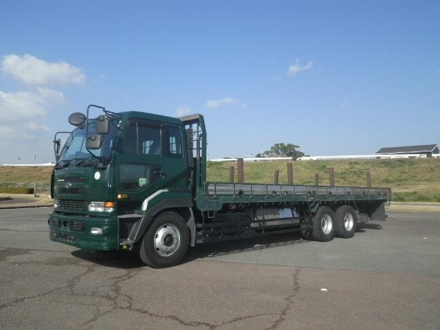 日産UD クオン 大型 平ボディ 床鉄板 エアサス|トラック 左前画像 トラックバンク掲載
