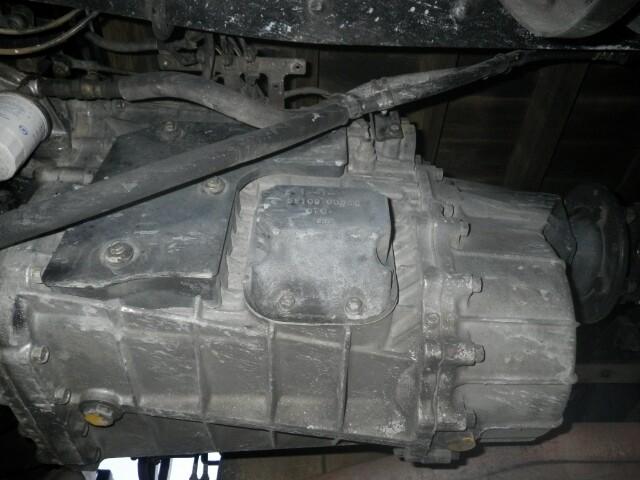 日産UD クオン 大型 平ボディ 床鉄板 エアサス|シフト MT7 トラック 画像 ステアリンク掲載