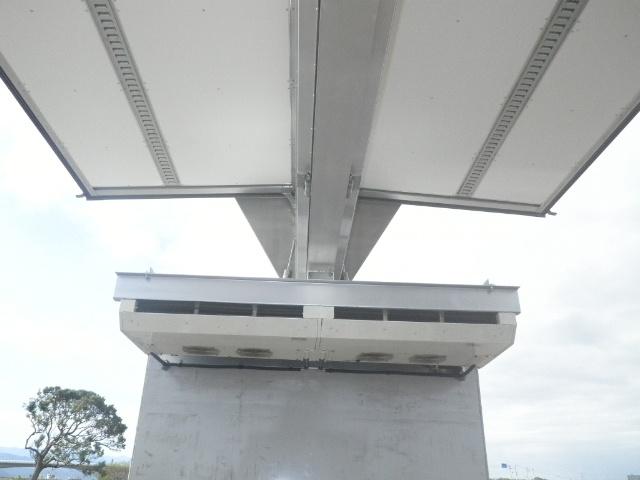 いすゞ ギガ 大型 冷凍冷蔵 冷凍ウイング 低温|走行距離 45.8万km トラック 画像 トラックランド掲載