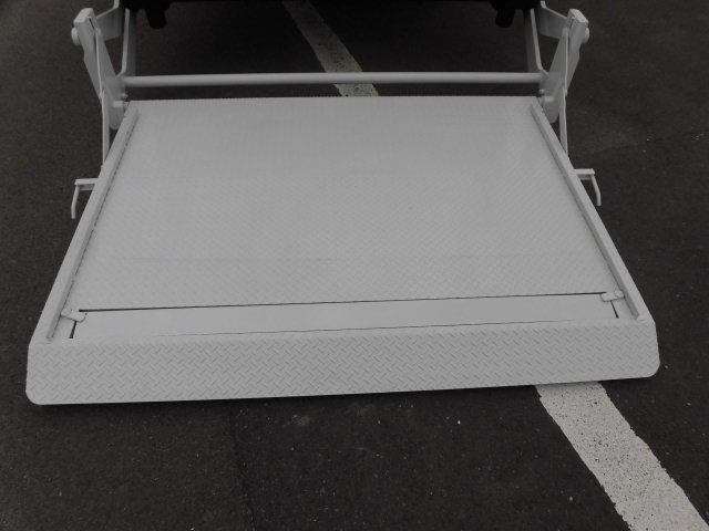 いすゞ エルフ 小型 平ボディ Wキャブ パワーゲート|画像9