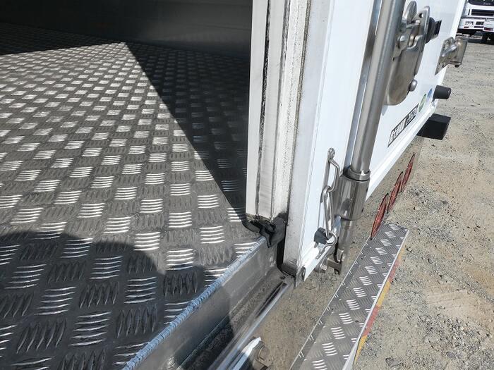 いすゞ フォワード 中型 冷凍冷蔵 冷凍ウイング 低温|画像15