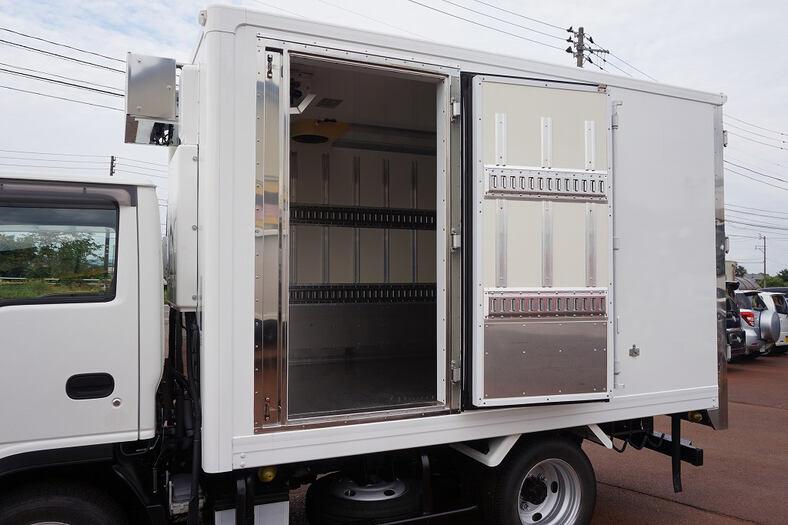 いすゞ エルフ 小型 冷凍冷蔵 低温 床ステン 画像11