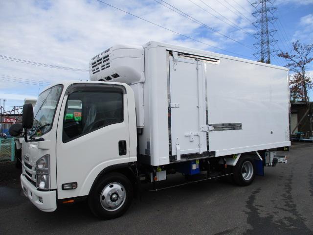 いすゞ エルフ 小型 冷凍冷蔵 低温 パワーゲート|トラック 左前画像 トラックバンク掲載