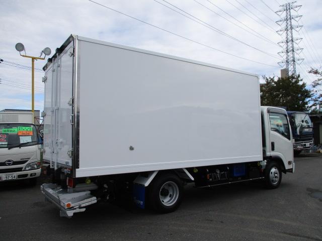 いすゞ エルフ 小型 冷凍冷蔵 低温 パワーゲート|フロントガラス トラック 画像 トラック王国掲載