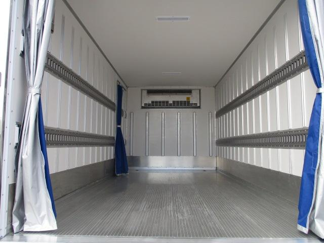 いすゞ エルフ 小型 冷凍冷蔵 低温 パワーゲート|型式 TPG-NPR85AN トラック 画像 栗山自動車掲載
