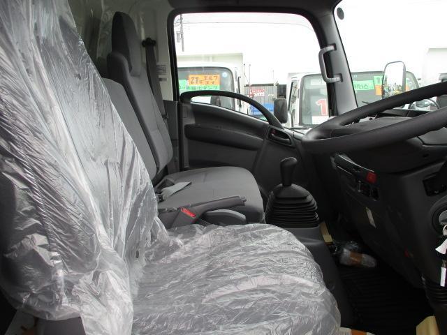 いすゞ エルフ 小型 冷凍冷蔵 低温 パワーゲート|走行距離 0.2万km トラック 画像 トラックランド掲載