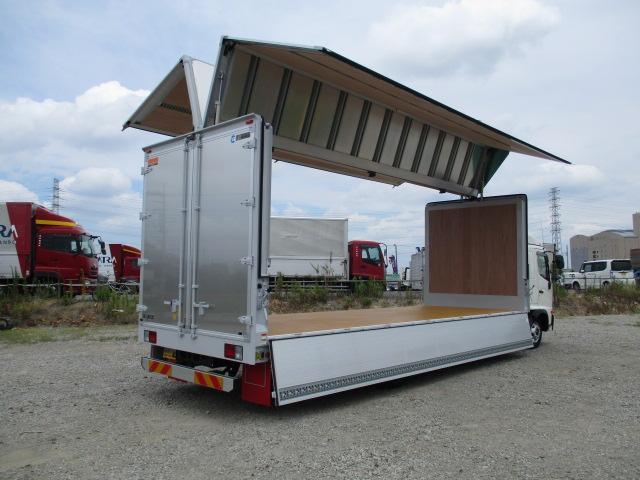 日野 レンジャー 中型 ウイング エアサス ベッド トラック 背面・荷台画像 トラック市掲載