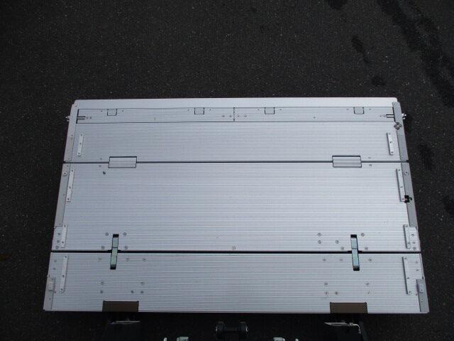 いすゞ エルフ 小型 冷凍冷蔵 低温 パワーゲート|画像5
