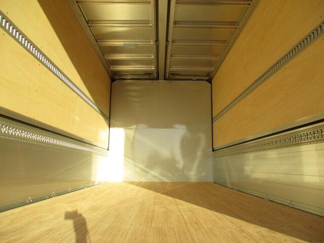 いすゞ フォワード 中型 ウイング パワーゲート ベッド 画像4