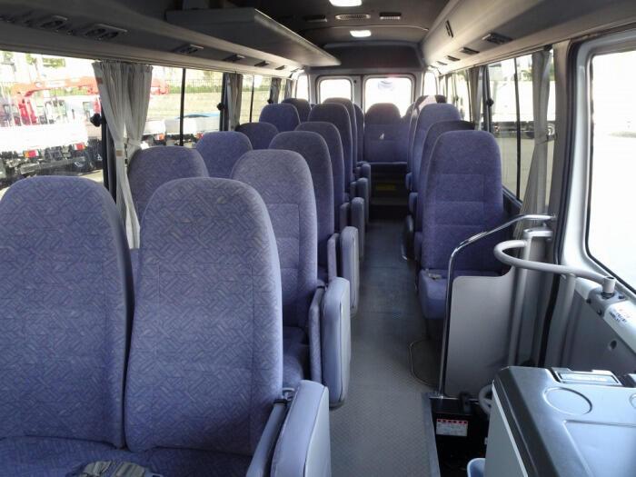 トヨタ コースター 小型 バス マイクロバス SDG-XZB50|運転席 トラック 画像 トラック王国掲載