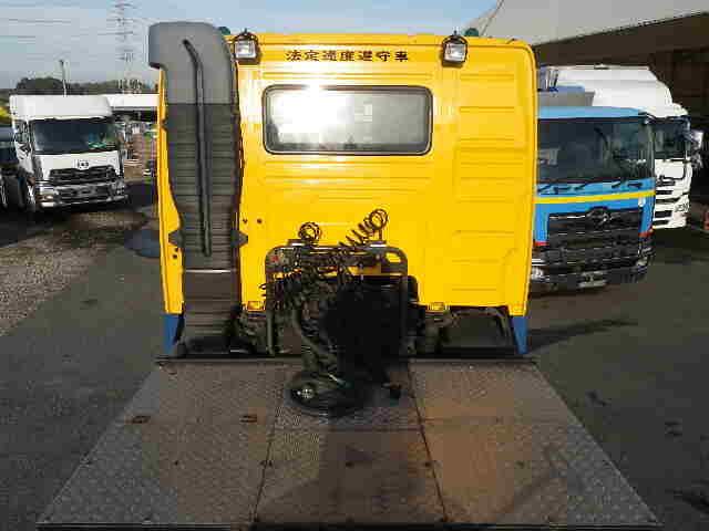 ボルボ トラック 大型 トラクタ 2デフ エアサス|フロントガラス トラック 画像 トラック王国掲載