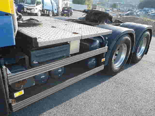 ボルボ トラック 大型 トラクタ 2デフ エアサス|エンジン トラック 画像 トラスキー掲載