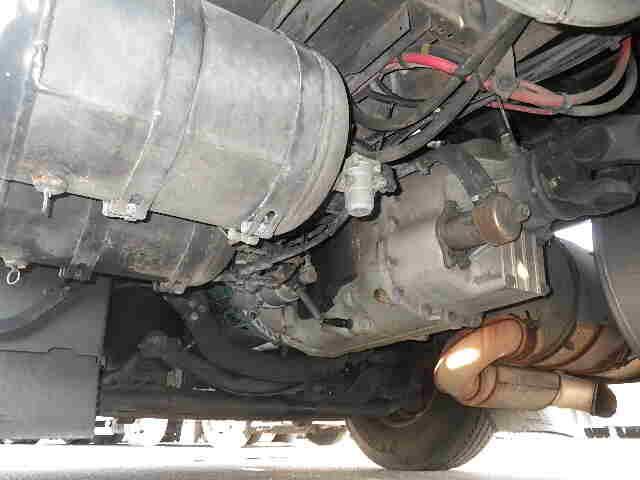 ボルボ トラック 大型 トラクタ 2デフ エアサス|タイヤ トラック 画像 トラック市掲載