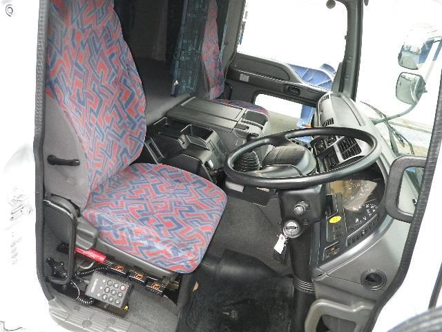 中古 平ボディ大型 いすゞギガ トラック H18 PJ-CYL51V6A