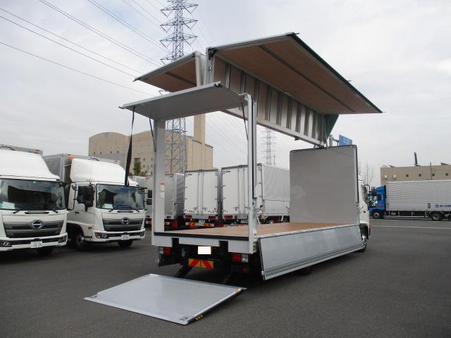 日野 レンジャー 中型 ウイング パワーゲート ベッド トラック 右後画像 リトラス掲載