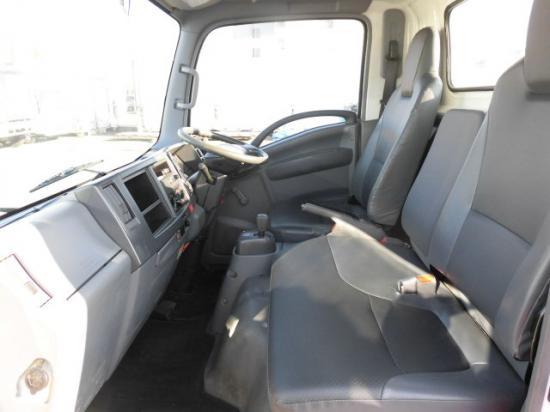 いすゞ エルフ 小型 平ボディ BKG-NLR85AR H21|積載 2t トラック 画像 ステアリンク掲載
