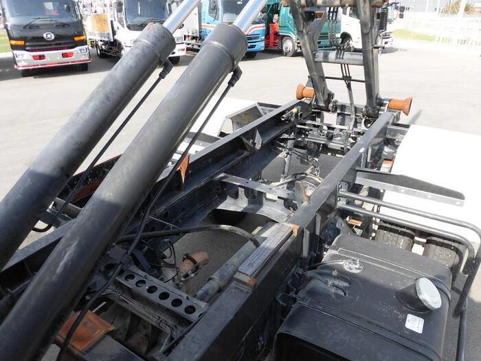 中古 アームロール中型 日野レンジャー トラック H27 TKG-FC9JEAA