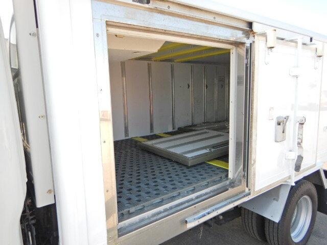 いすゞ エルフ 小型 冷凍冷蔵 低温 サイドドア|画像5