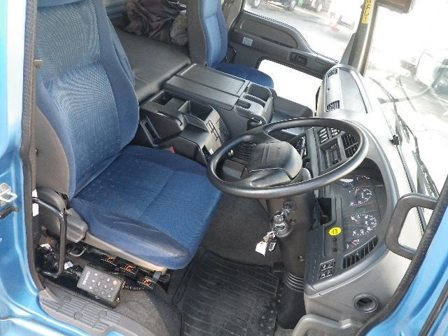 中古 ウイング大型 いすゞギガ トラック H27 QKG-CYJ77A