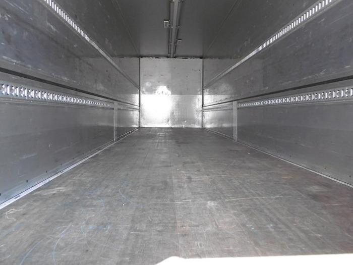 三菱 スーパーグレート 大型 ウイング エアサス ベッド|トラック 背面・荷台画像 トラック市掲載