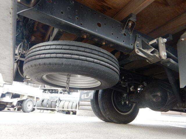 いすゞ エルフ 小型 平ボディ パワーゲート アルミブロック 年式 H24 トラック 画像 トラックサミット掲載