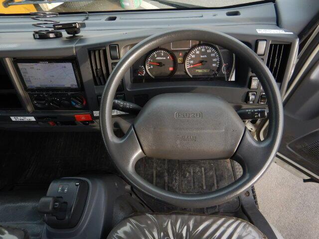 いすゞ エルフ 小型 平ボディ パワーゲート アルミブロック 車検  トラック 画像 キントラ掲載