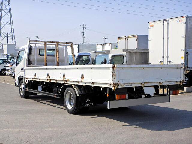 トヨタ トヨエース 小型 平ボディ 床鉄板 PB-XZU433|運転席 トラック 画像 トラック王国掲載