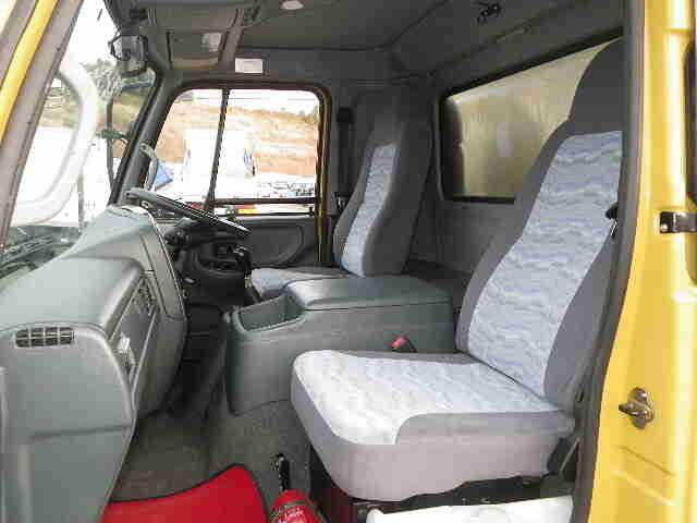 中古 冷凍冷蔵中型 日産UDコンドル トラック H18 PB-MK36A
