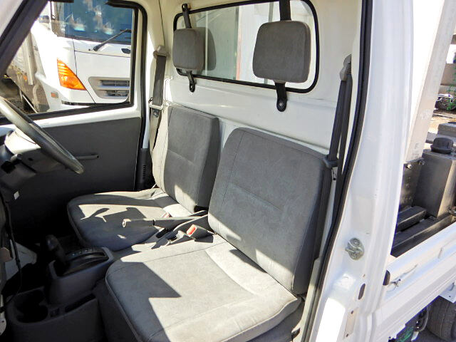 日産 クリッパー 軽 高所・建柱車 高所作業車 GBD-U71T|フロントガラス トラック 画像 トラック王国掲載