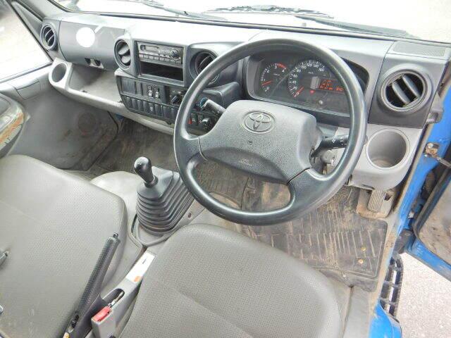 トヨタ ダイナ 小型 平ボディ Wキャブ パワーゲート|エンジン トラック 画像 トラスキー掲載
