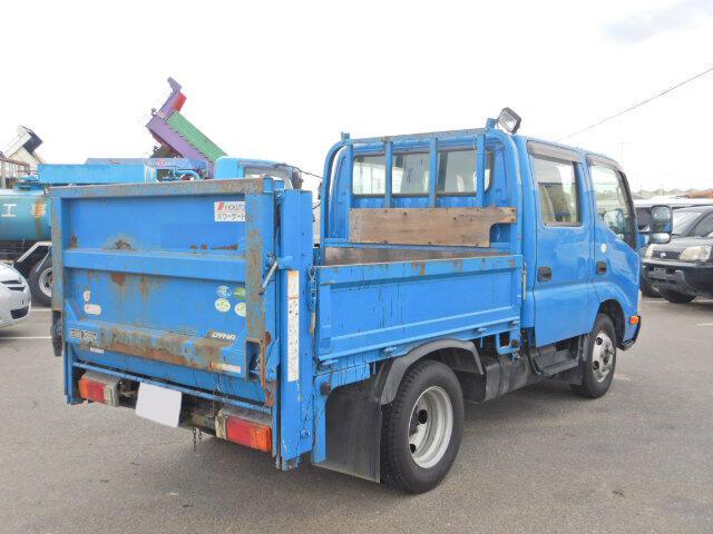 トヨタ ダイナ 小型 平ボディ Wキャブ パワーゲート|トラック 右後画像 リトラス掲載