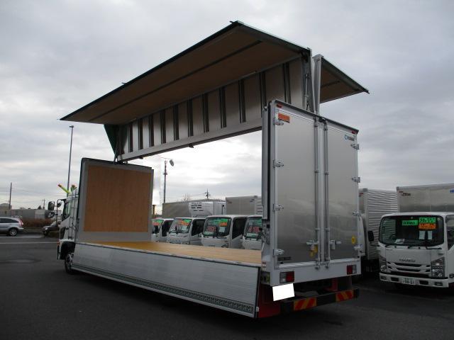 日野 レンジャー 中型 ウイング エアサス ベッド|荷台 床の状態 トラック 画像 トラックサミット掲載