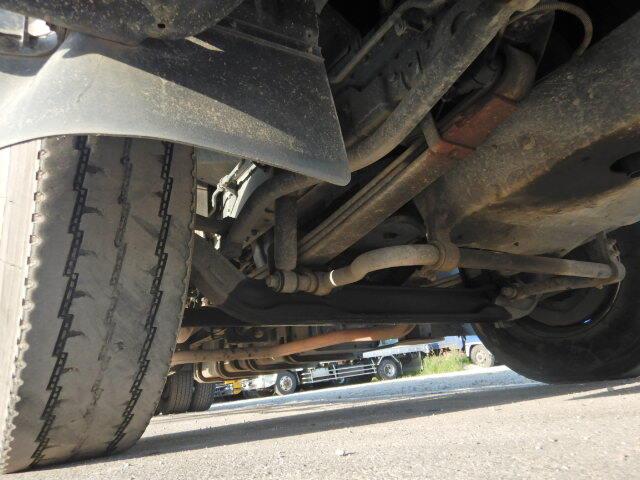 日産UD ビッグサム 大型 車輌重機運搬 ベッド KL-CW55J|運転席 トラック 画像 トラック王国掲載