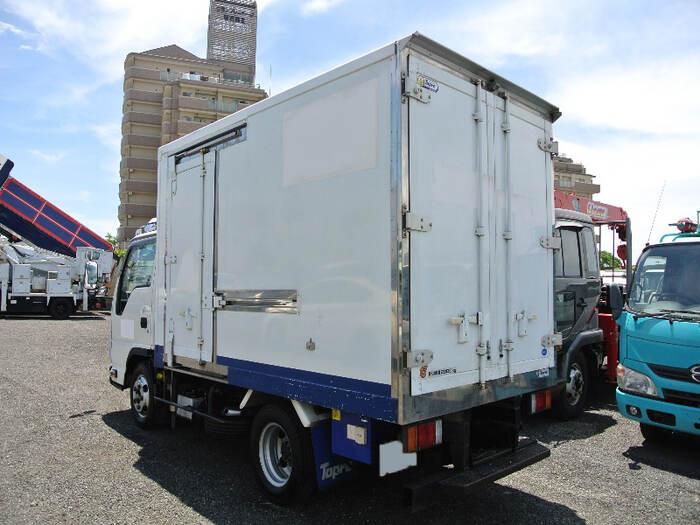 いすゞ エルフ 小型 冷凍冷蔵 低温 サイドドア|トラック 右後画像 リトラス掲載