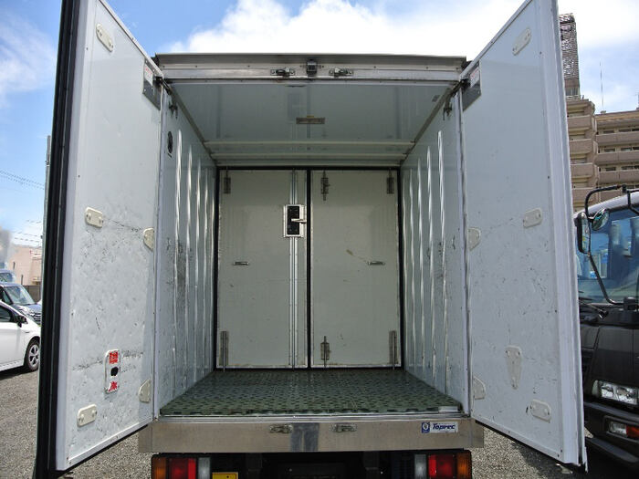 いすゞ エルフ 小型 冷凍冷蔵 低温 サイドドア|積載 2t トラック 画像 ステアリンク掲載