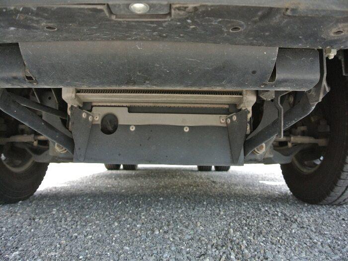 いすゞ エルフ 小型 冷凍冷蔵 低温 サイドドア|シャーシ トラック 画像 キントラ掲載