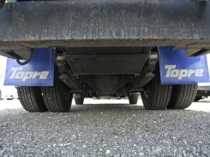 いすゞ エルフ 小型 冷凍冷蔵 低温 サイドドア|タイヤ トラック 画像 トラック市掲載
