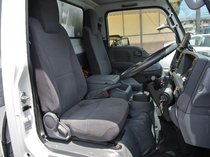 いすゞ エルフ 小型 冷凍冷蔵 低温 サイドドア|走行距離 7.1万km トラック 画像 トラックランド掲載