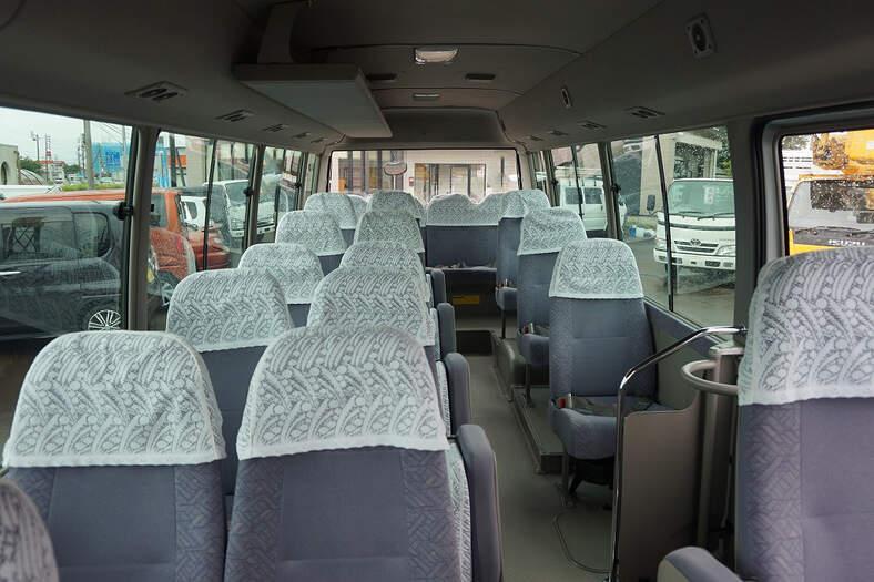 トヨタ コースター 小型 バス マイクロバス PDG-XZB51|トラック 背面・荷台画像 トラック市掲載