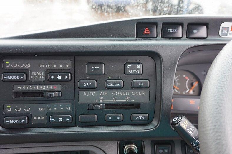 トヨタ コースター 小型 バス マイクロバス PDG-XZB51|荷台 床の状態 トラック 画像 トラックサミット掲載